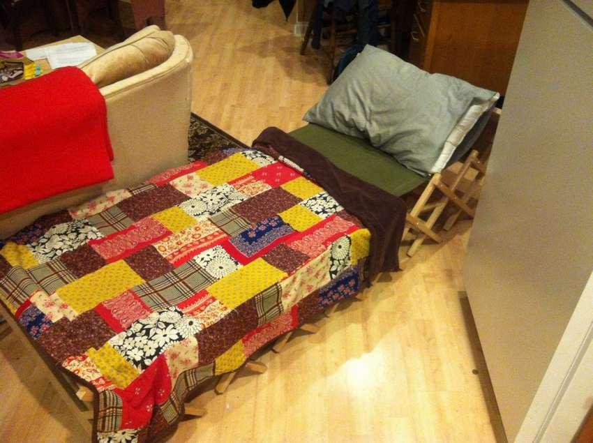 Πτυσσόμενο πάγκο κρεβάτι
