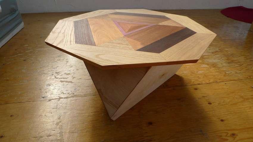 میز قهوه در قالب تترادر