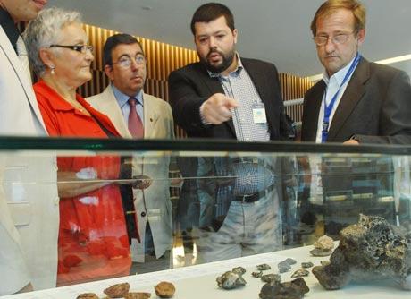 Los meteoritos de la Universidad de Huelva ha abierto el ciclo de exposiciones.