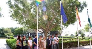 La bandera arcoiris encuentra hueco en el campus.