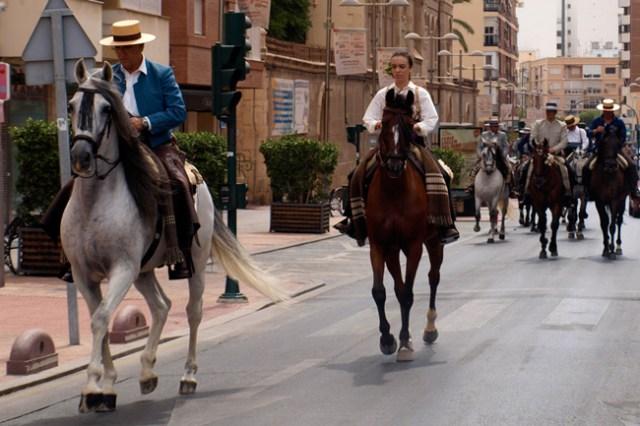 Paseo-caballos-Feria-Almeria