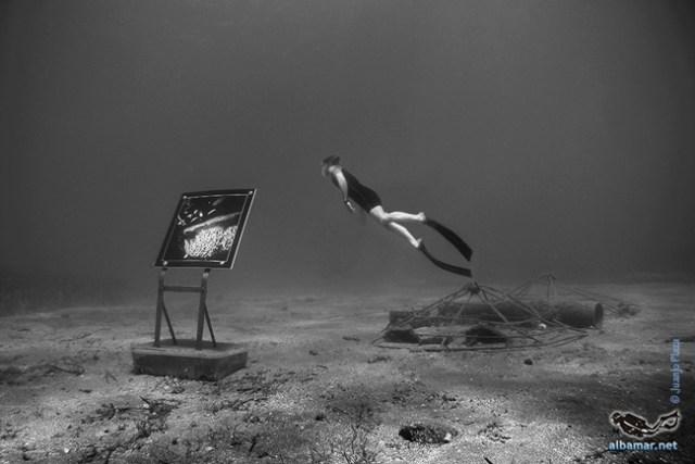 Una galería en el fondo del mar.