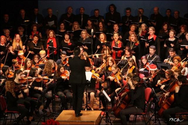 Orquesta y Coro de la Escuela Municipal de Música de Roquetas
