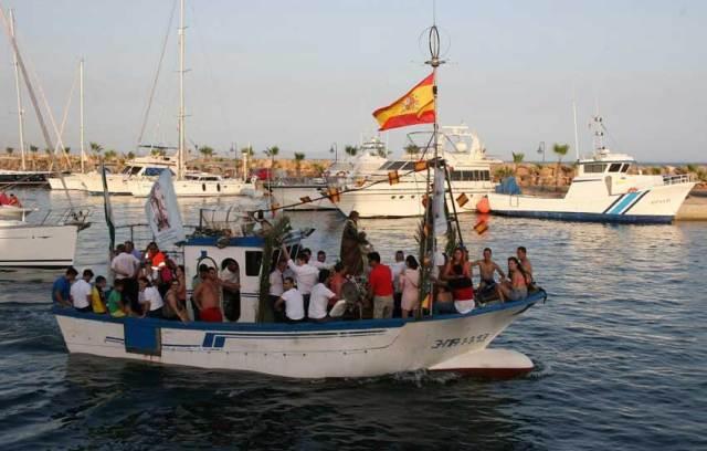 Procesión de la Virgen de Santa Ana, en el municipio de Roquetas de Mar.