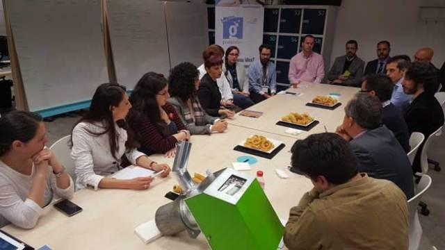 Reunión de participantes en el proyecto Guadalinfo Impulsa.