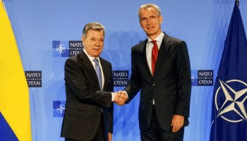 La Colombie se met à genoux devant les impérialistes: la souveraineté de l'Amérique latine en péril!