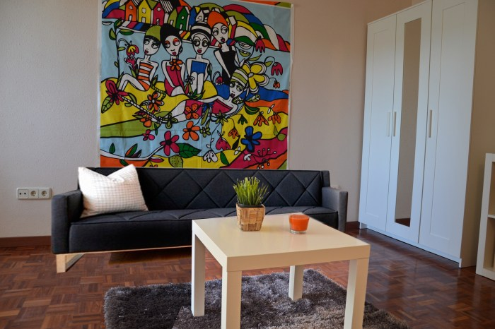 sala de estar con sofa