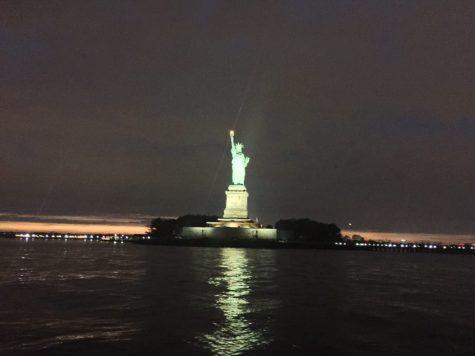 Jantar e passeio de barco em Nova York