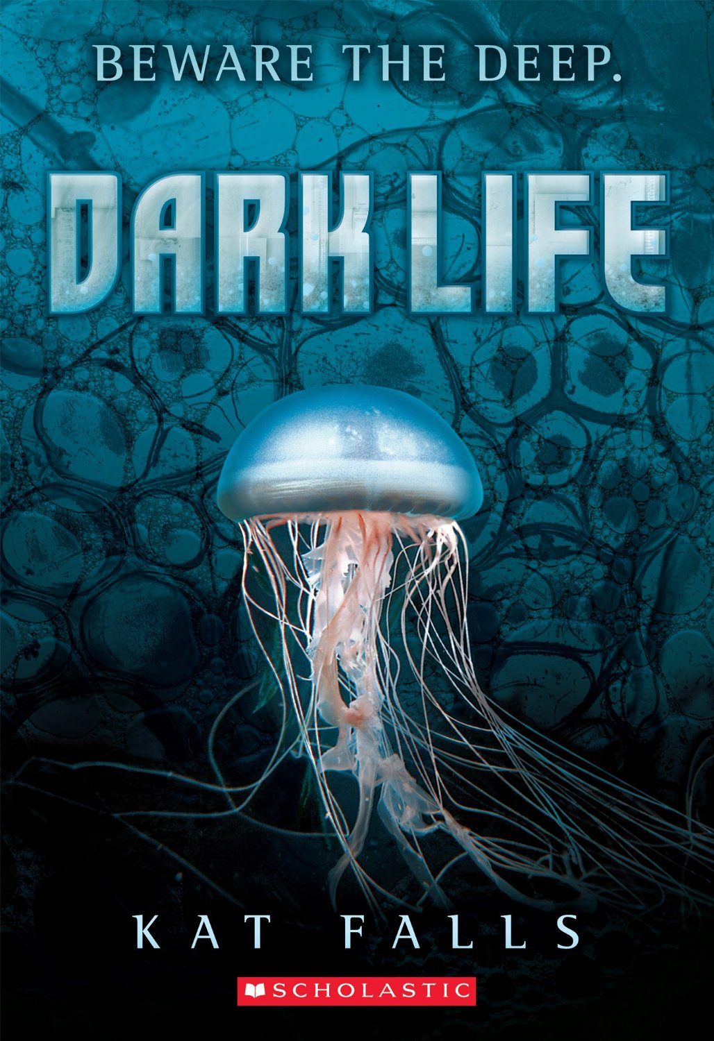 Review – Dark Life by Kat Falls
