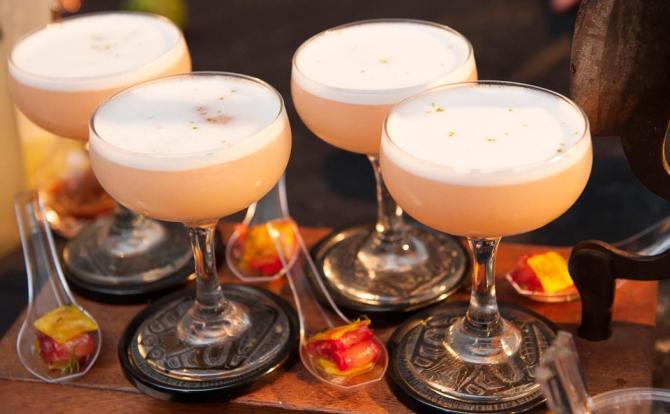 cocktail-stockton-tour