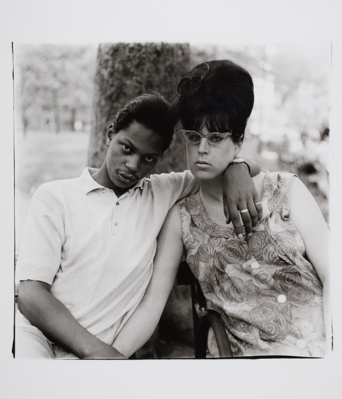 Diane Arbus_A Young Man and his Pregnant Wife in Washington Square Park