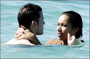 Leona Lewis with boyfriend Lou on the beach