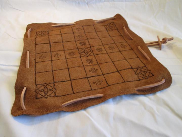 Brandub | Irish Tafl | Viking Chess