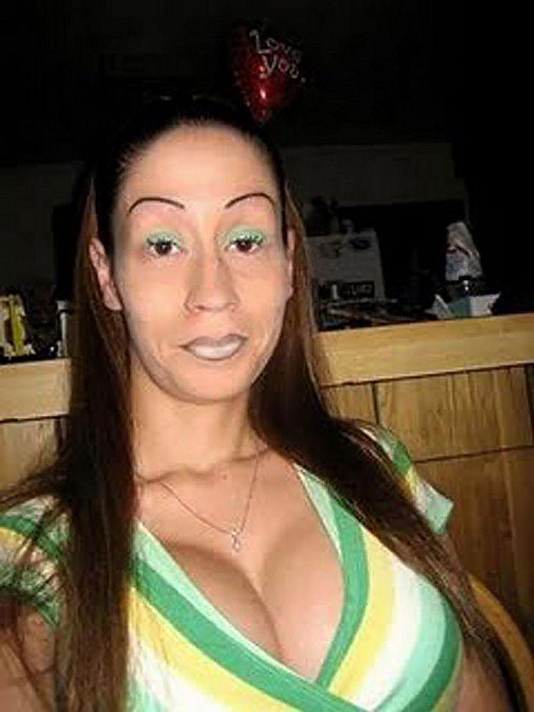 Resultado de imagen para peores cejas del mundo