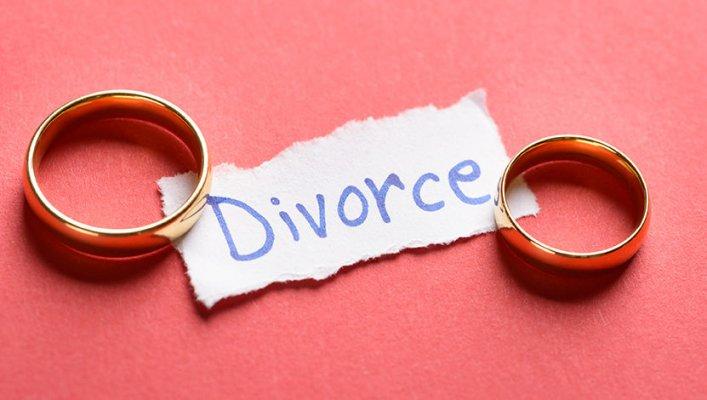 divorce-831x470