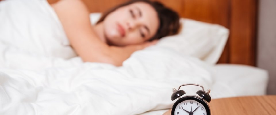 migraines-and-sleep-habits-720