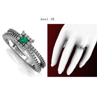 Anel JK reflete o brilho de 68 diamantes e uma Esmeralda delicadamente escolhida, possui 8 pontos e lapidação Carrê. https://www.casasaopaulojoias.com.br/produto/745397/jk-anel-de-esmeralda