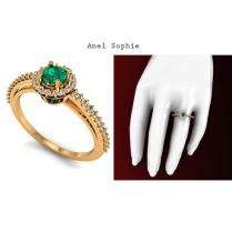 Para mulheres delicadas, o Anel de Noivado Sophie é a joia ideal. https://www.casasaopaulojoias.com.br/busca/esmeralda