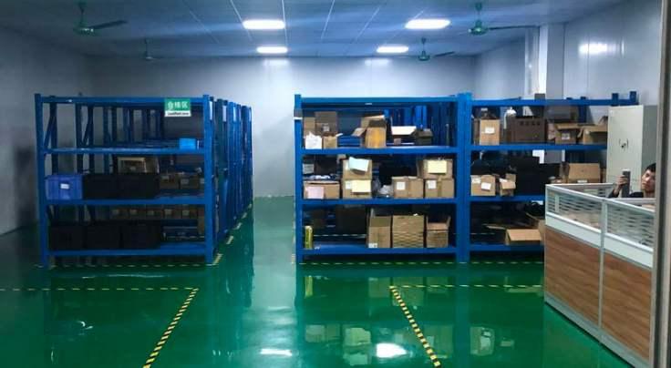 склад компонентов на фабрике PCBA в Китае