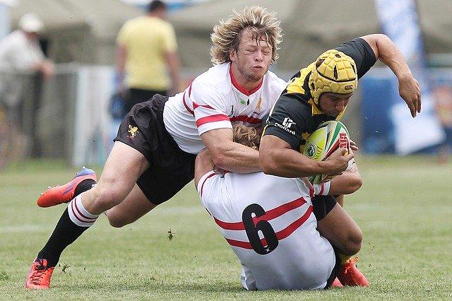 foto rugby e trauma cranico