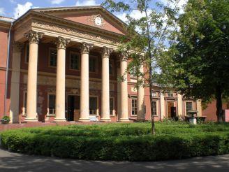 Як перетворити музей зі сховища картин на відкрите культурне середовище або, як місцева громада може зрушити з місця реформу музейної справи