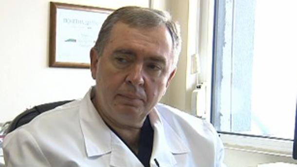 Проф. д-р Михайлов изригна: Стига лъжи, половината COVID пациенти при нас са здрави хора!