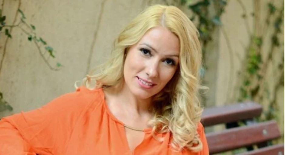Деси Бакърджиева показа бебето от изгубения си любим СНИМКИ