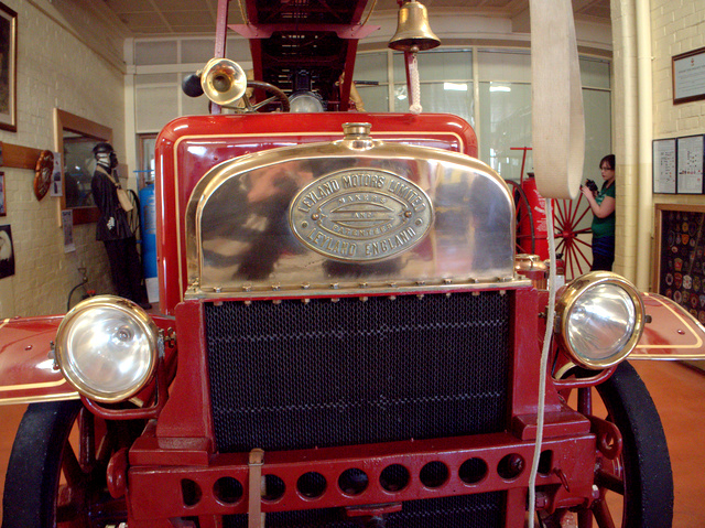 Early Leyland fire engine