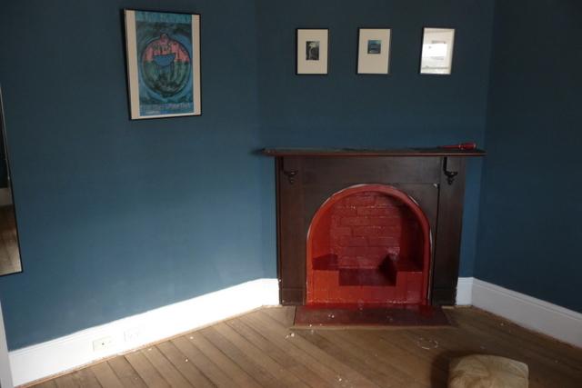 Master bedroom before recarpeting