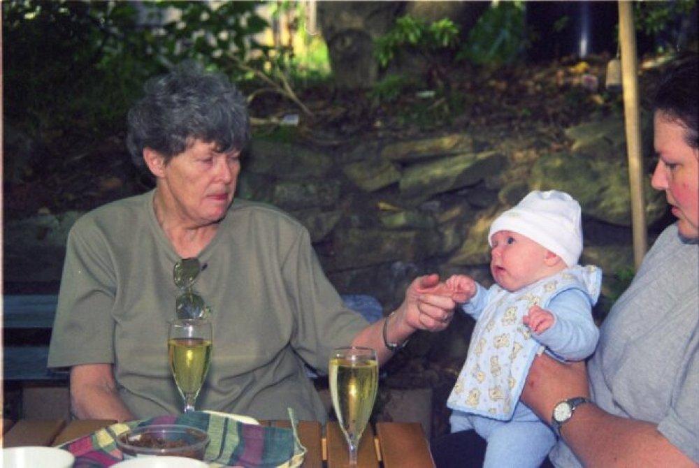 Mum, Harriette, Kiri under the walnut tree