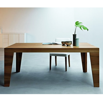 Barbican dining table – Italian style
