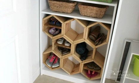 shoe rack hexagon diy storage shelf shoes spaces designer projects craft cubbies closet tutorial trapped homedit bookcase ikea making crazy