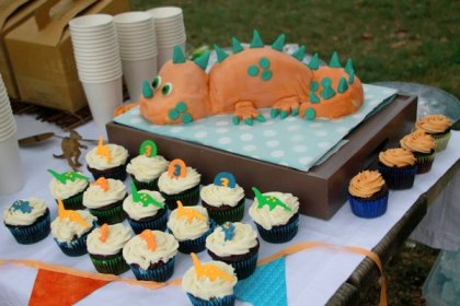 dinosaur birthday party themed boy dino cake dinosaurs boys cupcakes baby decorations orange dig turquoise brown cool hative turns scheme
