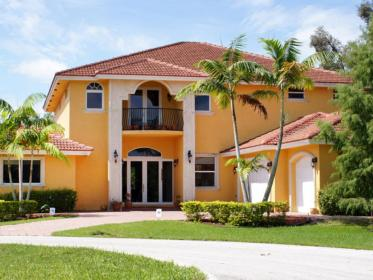 exterior paint painting hgtv yellow outside houses colors paints painters side stucco finishing nice