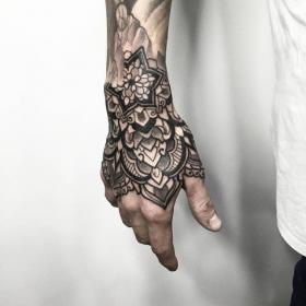 tatuaje mano tattoo tattoos hand sacrifice ornamental estilo tatuagem na parts