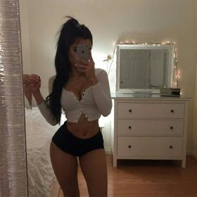 baddie instagram mirror selfies aesthetic body outfit outfits clothes shorts hoodie shirt goals wheretoget girlfriend fitness goal mini