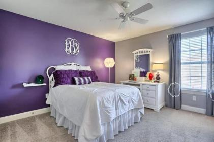 accent purple bedroom wall walls bedrooms carpet designingidea colors gray decor rooms accents gorgeous modern grape furniture colored trendy
