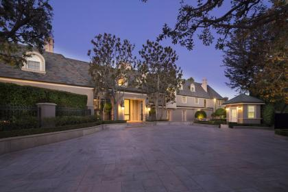 luxury beverly hills houses estate million homes coldwellbankerluxury mansion