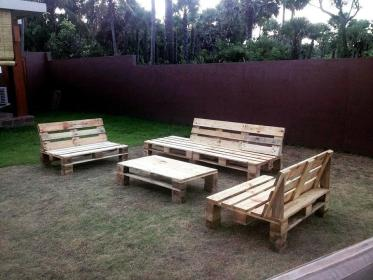 pallet furniture garden seating diy easy wooden pallets outdoor wood projects patio designs simple palets seat interesting sofa madera create