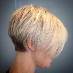 short hairstyles hair pixie bob fine haircuts thin stacked layered bangs haircut styles easy long thick tapered blowing mind therighthairstyles