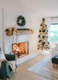 christmas living room gold navy rose farmhouse copper modern tree rooms decor decorations light trees 1111lightlane tablescapes chic feminatalk ru