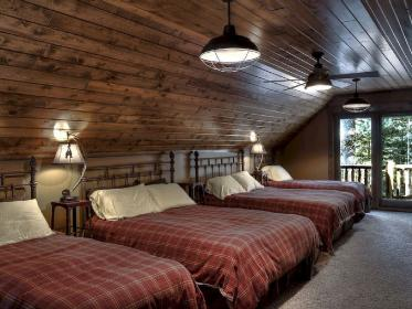 lake cabin bedroom luxury rustic decorating bedrooms vrbo vacation houses structhome decor cottage lakes interior interiors lakehouse master rental luxurious
