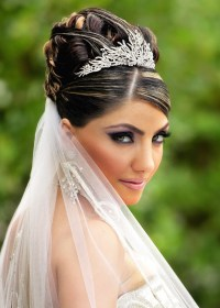 hairstyles wedding short hair veil tiara hairstyle easy long stylish intended looking romantic hairs current most styles latest sheideas