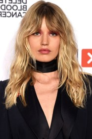 hairstyles haircuts length medium long bangs tall ladies popular 40 20s layered hair shoulder collarbone volume most celebrities current without
