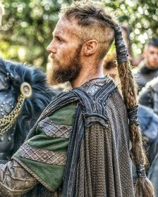 viking hairstyles long outsons need