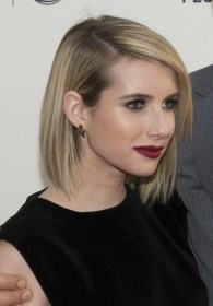 short hairstyles hair emma roberts bob hairstyle cut blonde haircuts haircut straight celebrity length bangs makeup curly inspiration want styles