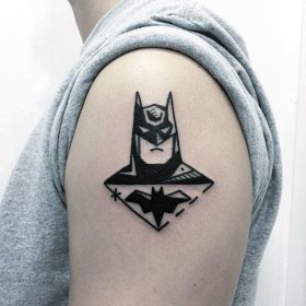 simple arm tattoo tattoos batman cool guys mens nextluxury shoulder masculine bicep inspiration guide awesome bat wicked dude gets fan