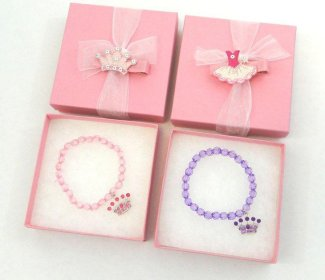 princess party birthday disney box gift boxes homemade gorgeous lovely favor table faux jewelry