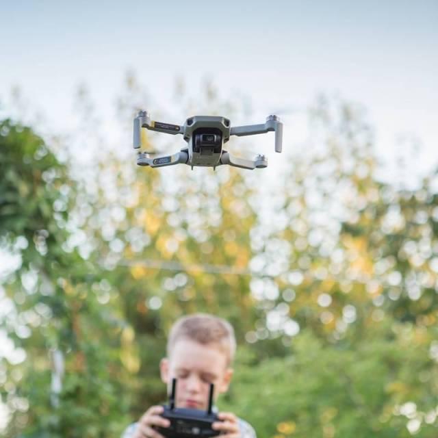 volar-dron-4K