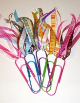 ribbon-paperclip-bookmark